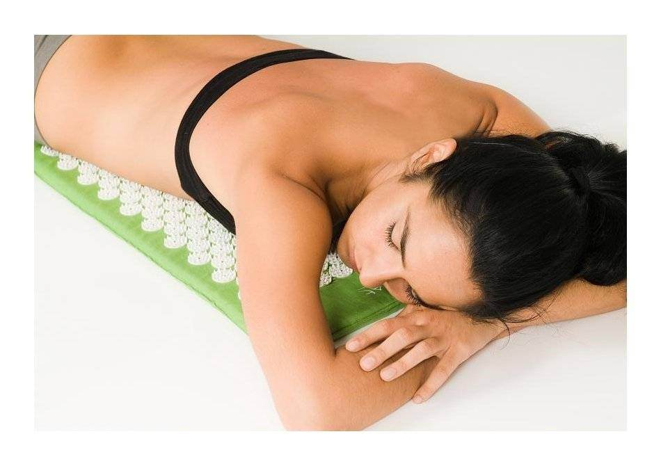 divya_mat_bad_of_nails_saltea_yoga4.950x670-adaptive