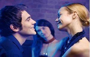 cuplu fericit invidie1