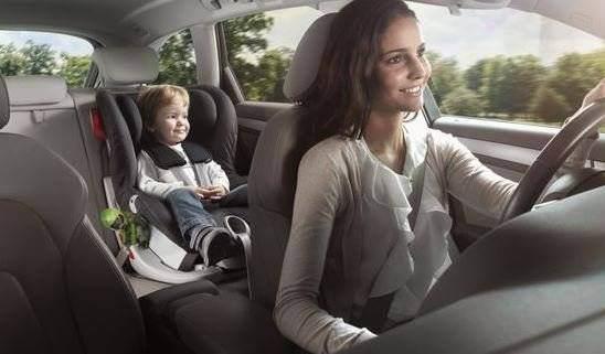 Cum alegi scaunul auto pentru copilul tau? Afla totul despre siguranta copilului tau