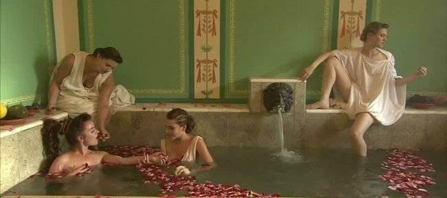 12685810-932945043-villa-borg-roman-baths-of-bath-the-ancient-romans-hot-springs-thermae-1490949756-650-bf930ff323-1491305876