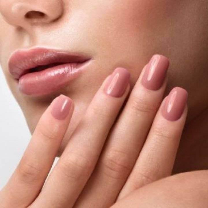Atentie! Multe saloane de manichiura folosesc acest ingredient care cauzeaza cancerul