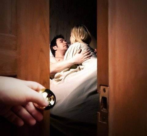 Cum isi ascund barbatii amantele